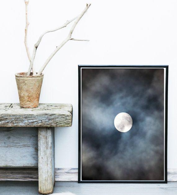 Maan fotografie afdrukbare kunst, abstracte foto, minimalistisch, maan en wolken, kunst aan de muur, muur Decor, Instant download, Rotsvlinder Print