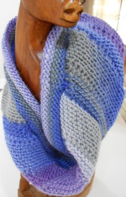 Ravelry: knitsabout's swirl cowl