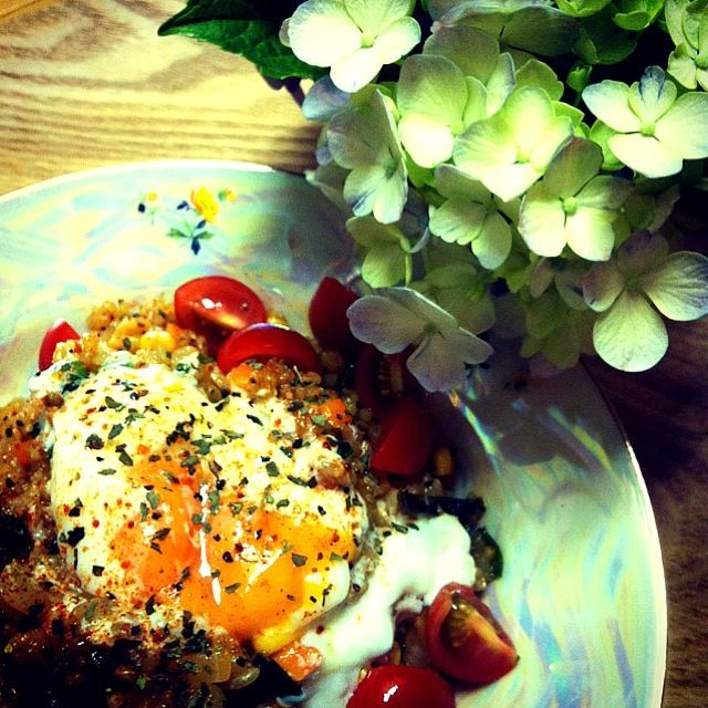 あとは、サラダ…✨写真に入れようとしたら、余り可愛く無かった…(・・;)。 - 34件のもぐもぐ - 塩麹日向地鶏. お野菜たっぷりの雑穀と玄米のカレーピラフ by tayukoO
