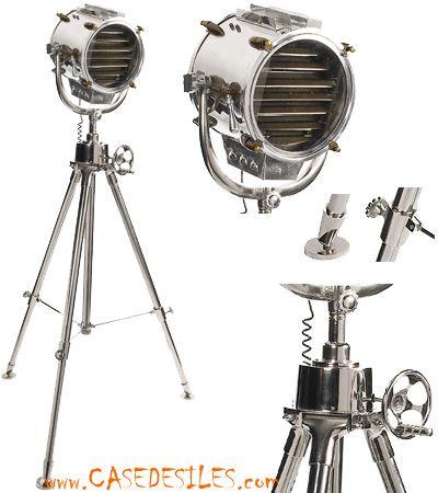 Lampe phare et lampe trepied au Meilleur Prix : Lampe projecteur marine 1930 sur trépied SL048
