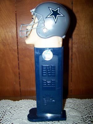 RARE Giant PEZ candy ROLL Dispenser DALLAS COWBOYS NEW!