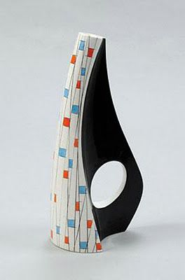 Hallelujah jar, ca. 1950's, by the Aleluia Ceramics Factory in Poland, incorporating influences from the Scandinavian Freeforms design movement.