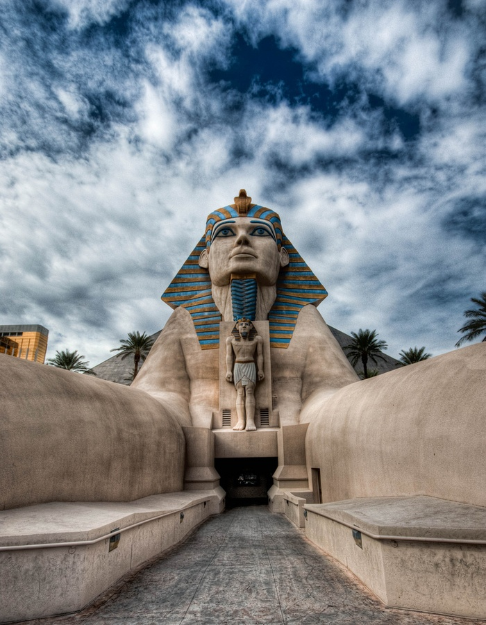 Luxor Hotel, Las Vegas I can do some damage in there!!!