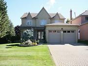 Virtual tour #157747 - 1 Beatty Crescent, Aurora, Ontario L4G5V2