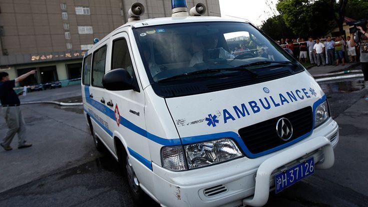 #Una médica colapsa frente a sus pacientes y muere después de trabajar durante 18 horas seguidas - RT en Español - Noticias internacionales…