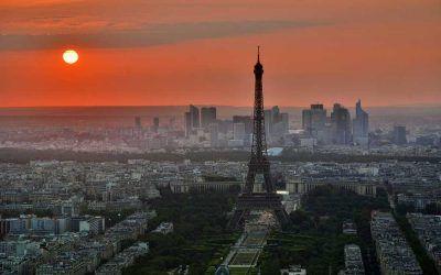 Paris – Stadt der Liebe – Blogreihe moby.cards – places: https://www.moby.cards/paris-stadt-der-liebe-blogreihe-moby-cards-places/    Videos und Bilder: https://www.mob.ai/knf7mw