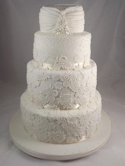lace: Lace Cakes, Charlotte Beautiful, Cakes Design, Lace Wedding Cakes, Beautiful Lace, Beautiful Wedding Cakes, Beautiful Cakes, Gorgeous Wedding Cakes, Wedding Dresses Style