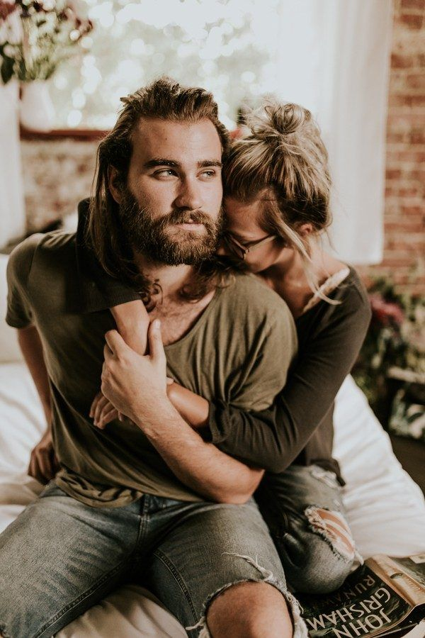 Get Comfy for Your Engagement Photos at Home With These Tips