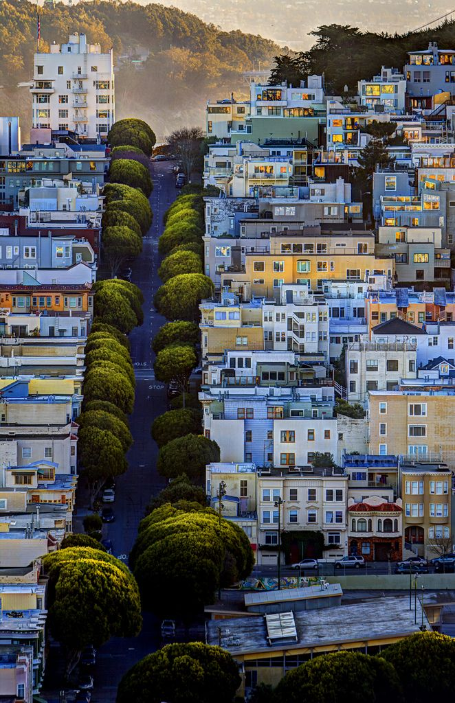 San Francisco sunrise. Photo by Dave Redden.