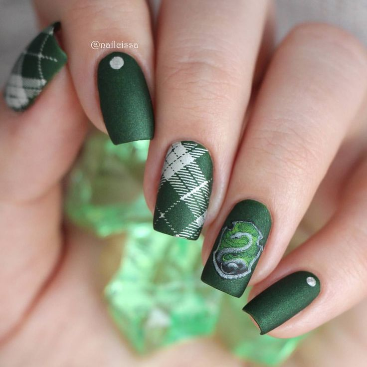 1532 best Nails/Uñas/Paznokcie images on Pinterest | Golden roses ...