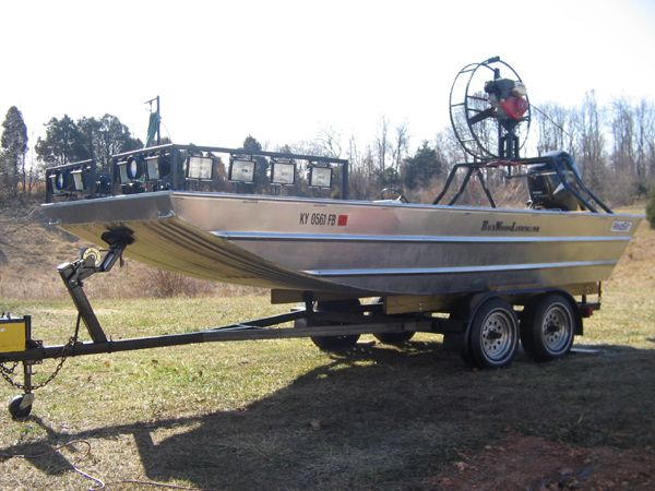 36 best images about bow fishing bows equipment on for Fishing lights for boats
