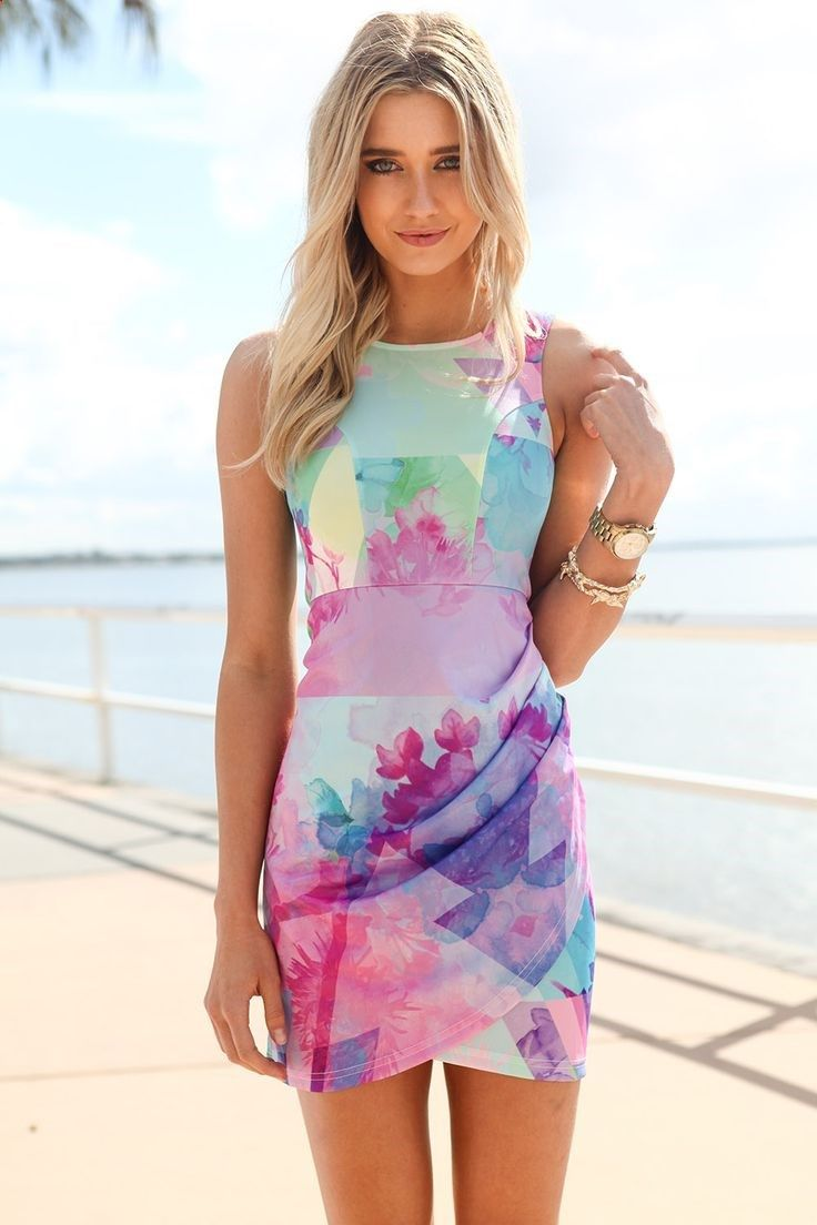 We love this Summer look. Dress. Fashion. Love. Pastels. Watercolor.