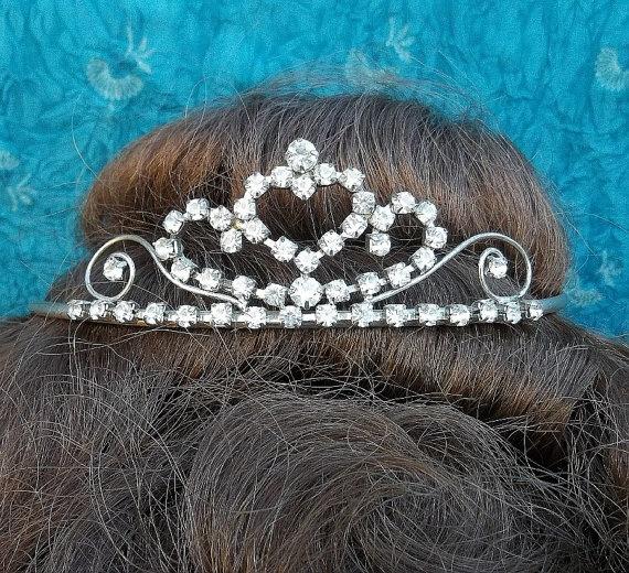 Vintage tiara silvertone clear rhinestone by ElrondsEmporium, $30.00