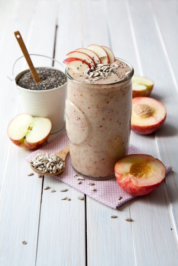 Peach and apple smoothie recipe - great quick breakfast smoothie made with peaches, apple, pineapple with a boost of chia seeds and sunflower seeds.