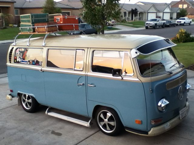 1971 #VW Deluxe Bus Camper Oldbus.com  | I'm a #ladyangler, #BeSocial and follow me @southfloridah2o -  on http://twitter.com/southfloridah2o, Facebook, Pinterest and Google+