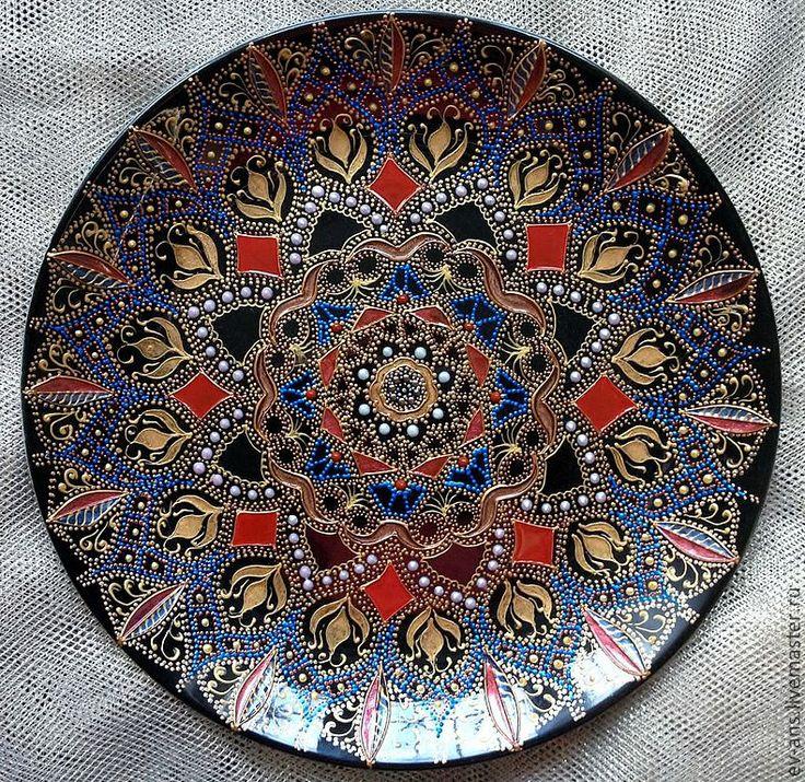 http://cs1.livemaster.ru/foto/large/65821772289-posuda-tarelka-dekorativnaya-garnet-necklace-n4366.jpg
