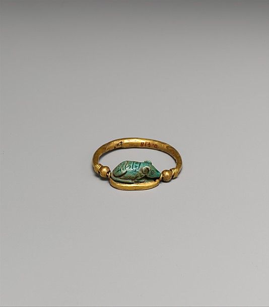 Ring set with a Mouse Design Amulet Period: New Kingdom Dynasty: Dynasty 18 Reign: reign of Thutmose III Date: ca. 1479–1425 B.C. Geography Egypt.