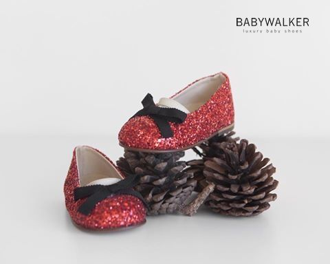 Santa Claus is coming to town! BABYWALKER