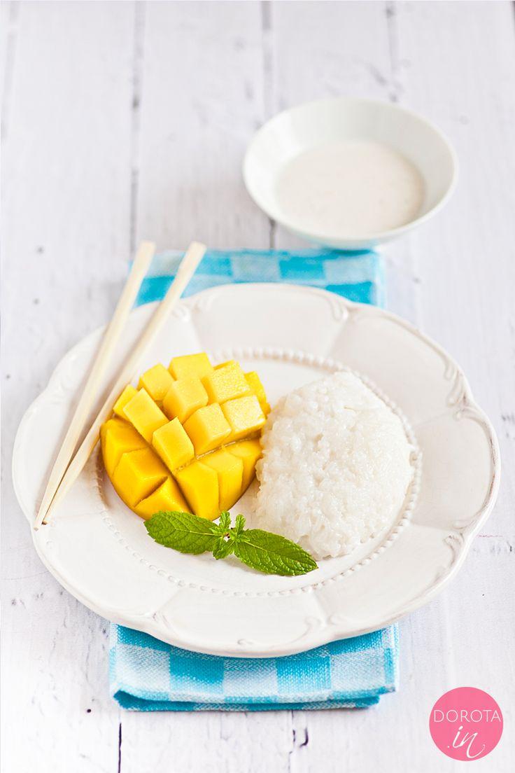 Kleisty ryż z mango czyli sticky rice - #przepis na #śniadanie kuchni tajskiej lub smaczny #deser z #mango.  http://dorota.in/sticky-rice-kleisty-ryz-z-mango/  #kuchnia #gotowanie
