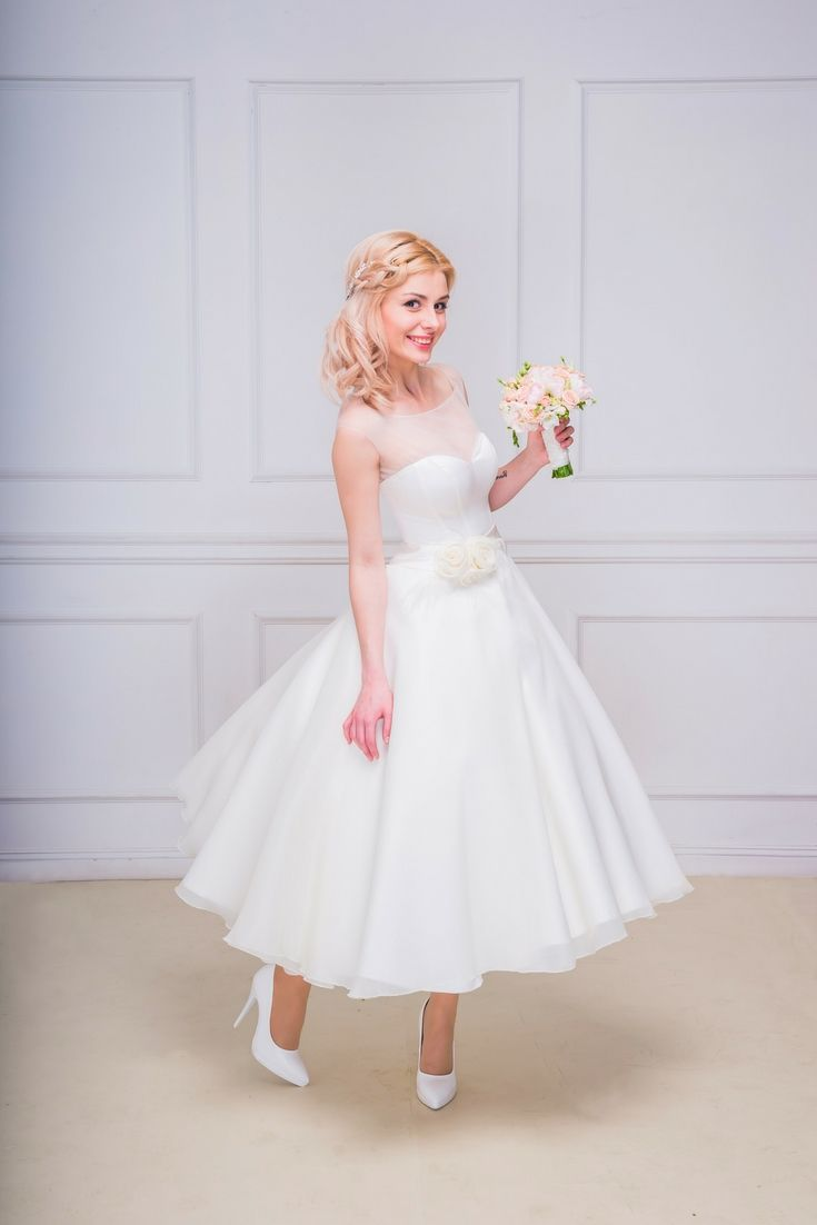 The perfect wedding dresses collections hunting for the latest