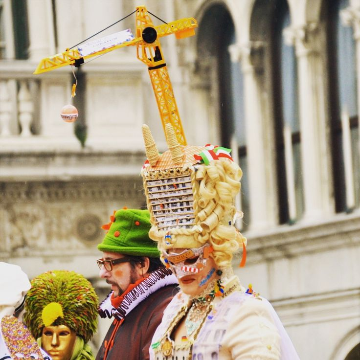 One of the more original costumes from this year's Venice Carnival. Visit this event for yourself with Messenger Travel. #venice #venezia #italy #italia #carnival #carnevale #carnevaledivenezia #costume #mask #travel #vacation #experienceitaly #messengertravel