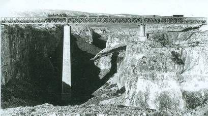 Viaducto sobre el barranco de la Hoz,  Heraldo de Aragon