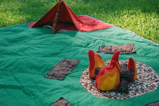 Camping play mat to make for kidlets
