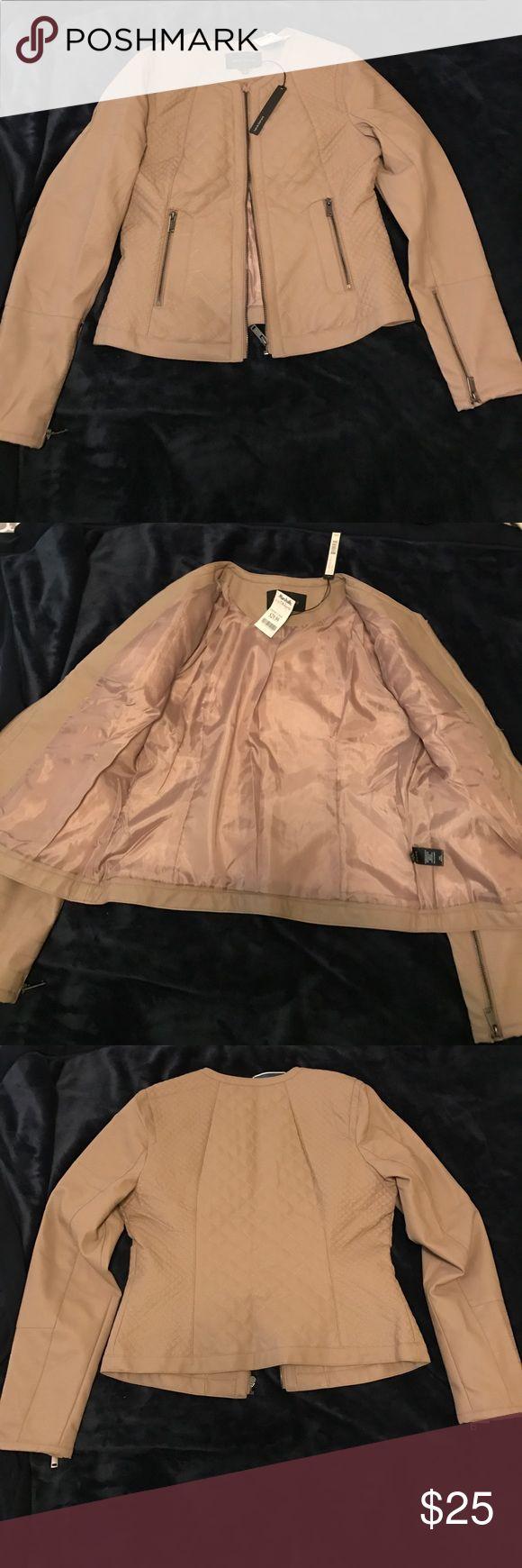 Tan leather jacket Harve benard brand tan leather jacket Harve Benard Jackets & Coats