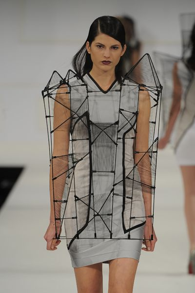 Wearable Architecture - 3D fashion construct; structured hollow dress; architectural fashion design // Richard Sun