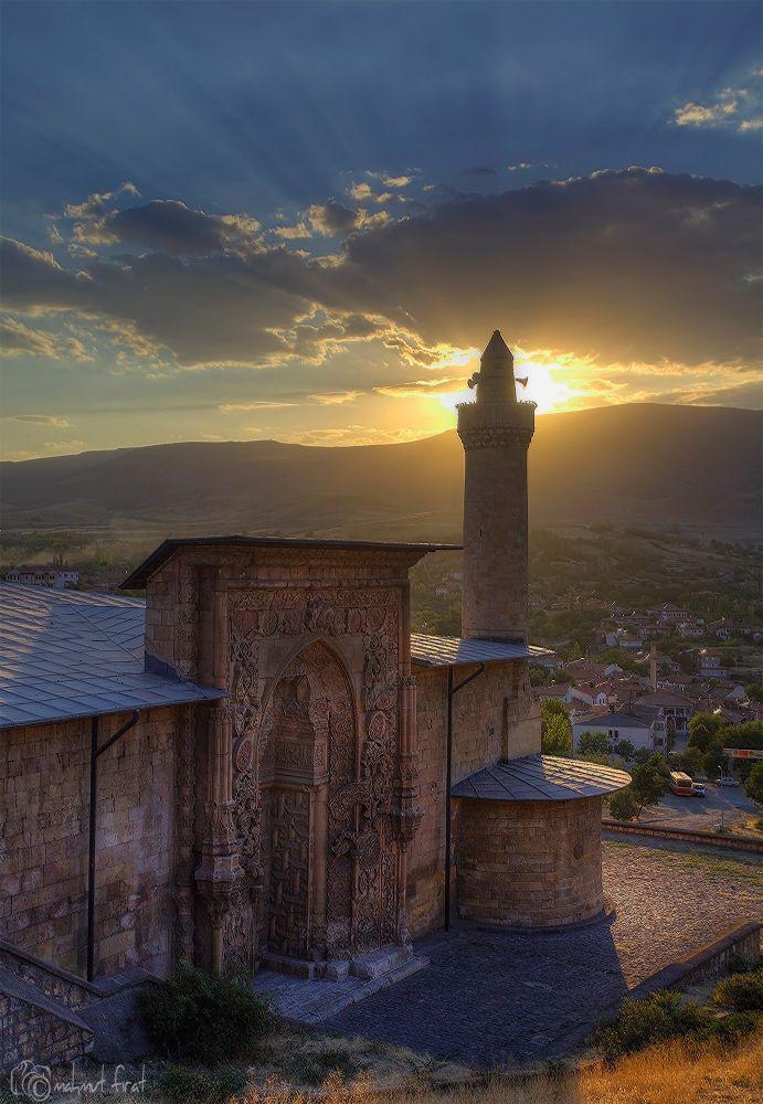 Divriği Ulucami by Mahmut FIRAT on 500px ...... Divrigi Ulu Mosque #Sivas #Turkey