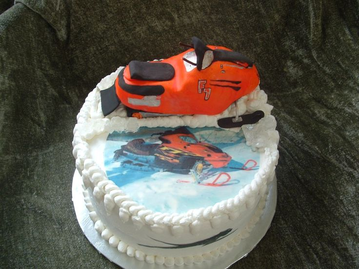 Snowmobile Birthday Cake Made For A 17th Birthday The