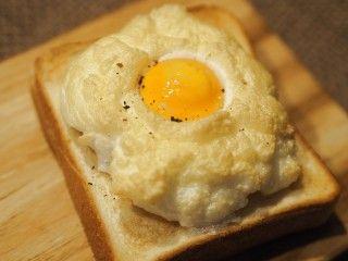 インスタで話題★アメリカ版目玉焼き「エッグインクラウド」がふわもこで美味しそう☆|[暮らしニスタ] 暮らしのアイデアがいっぱい♪