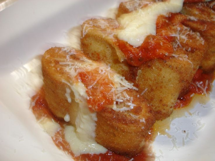 This is the original recipe for the Olive Gardens Lasagna Fritta.It is so delicious! It is Parmesan-breaded lasagna pieces, fried and served over Alfredo sauce, topped with Parmesan cheese and marinara sauce. You cant find this original recipe...