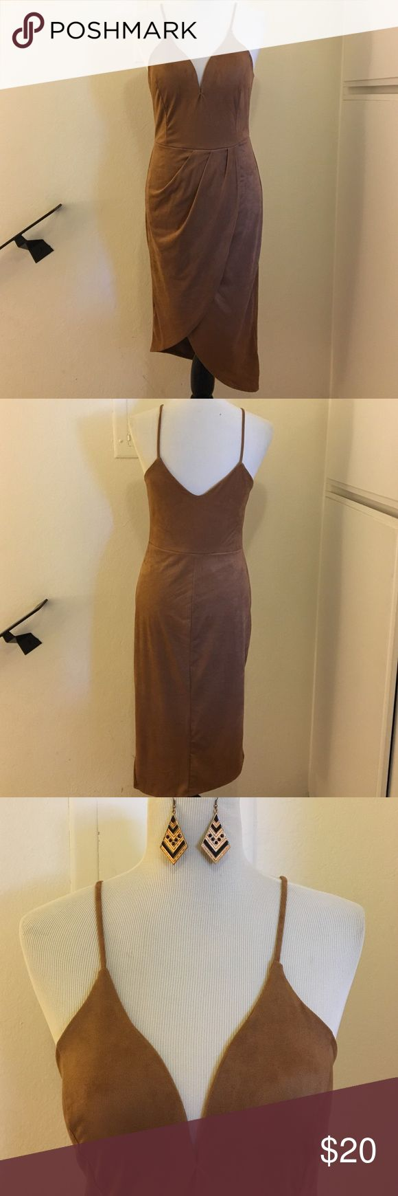 ❤️️Sweetheart Dress❤️️ For a night out!  Beautiful sweetheart dress, with overlap front.  In color Camel, Size Large....NWOT.  Material: Polyester and Spandex Dresses Asymmetrical