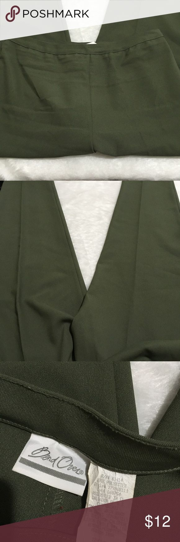 "BEND OVER SIZE 22W TALL WOMEN'S DRESS PANTS BEND OVER SIZE 22W TALL WOMEN'S green DRESS PANTS   gently used with SMALL STAINS.   waist laying flat- 17"" rise- 14"" rear rise-16"" inseam- 31 t6-17 Pants Trousers"