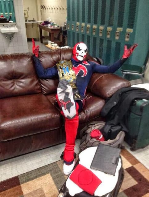 Impact Wrestling Superstar TJ Perkins/ MANIK Wearing Air ...