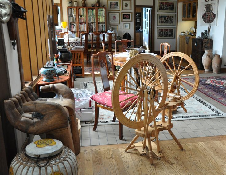 Foyer Goldings House : Best images about spinning wheels on pinterest