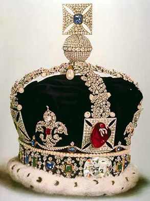 This version of the Imperial State Crown was worn by George V and is now housed in the Tower of London.<br />