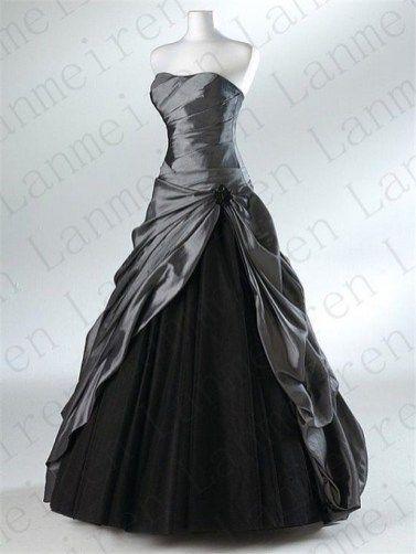 7a60344e0e7 Beautiful black wedding dresses you will love 00007