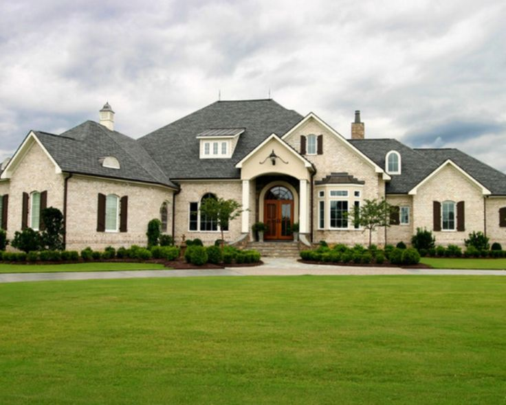 1000 images about brick home styles and colors on for Face brick homes