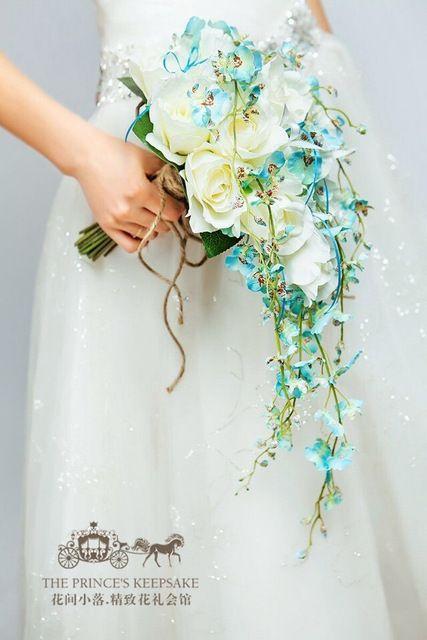 Azul/Cascada Amarillo Elegante de La Boda Ramos de Flores Artificiales Ramo de Novia Broche Ramo De La Boda Para Las Novias Bruidsboeket 2017