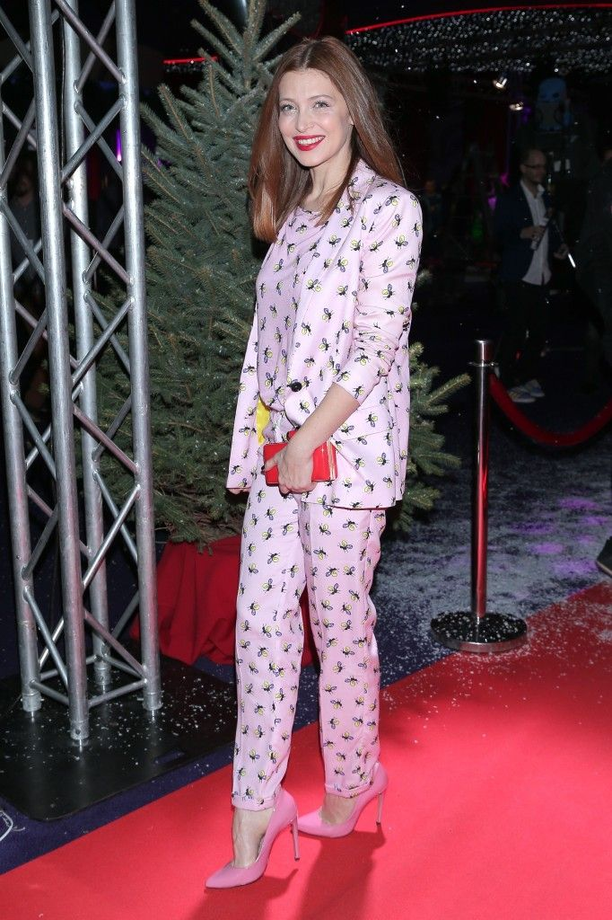 Actress Ada Fijał in new Shabatin SS16 pink suit!