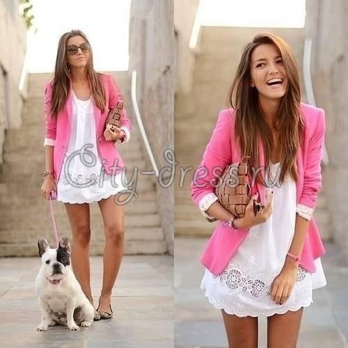 Розовый женский пиджак