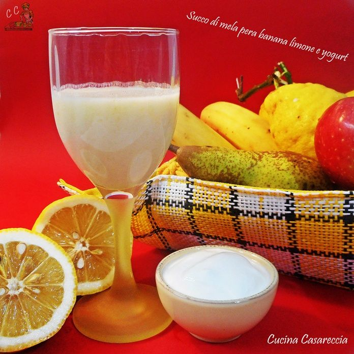 Succo di banana mela pera limone e yogurt una ricetta semplice e veloce che ci mette di buon umore grazie alla frutta che contiene ottima merenda per tutti
