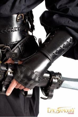 Left Black Leather Gauntlet