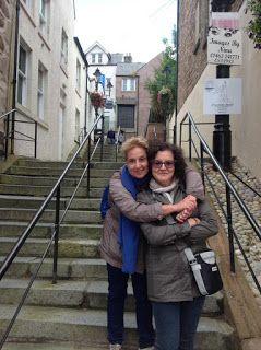 Linda Bertasi Blog: Le autrici EWWA - INTERVISTA A LAURA COSTANTINI E ...