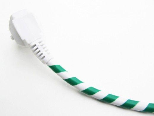 DIY Colorful cord by Bambula, http://bambulablogi.blogspot.se/2011/08/sahkohommia.html