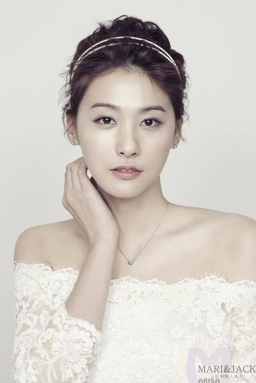 S.Korean actress Yoo In-young (유인영).