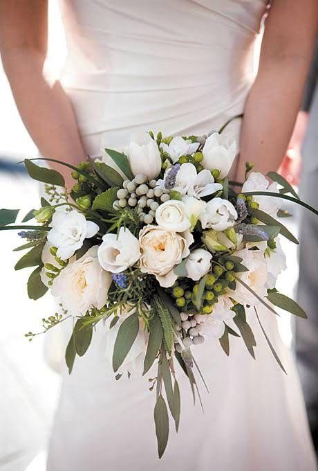 Complementa tu ramo de novia con Eucalipto, además de la parte visual, aporta un grato olor #TipsCasaCampo
