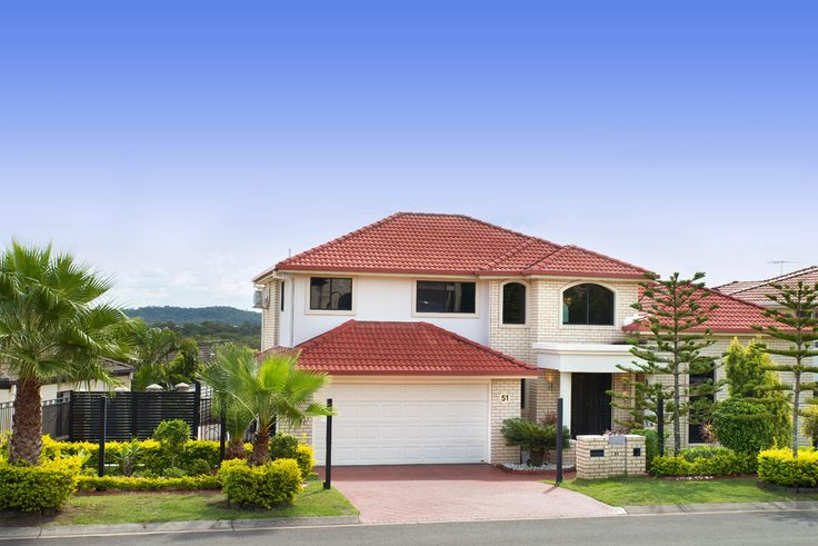 51 Kauri St. Carindale 4 Bed 3 Bath 2 Car  http://www.belleproperty.com/buying/QLD/Southside/Carindale/House/43P2691-51-kauri-street-carindale-qld-4152